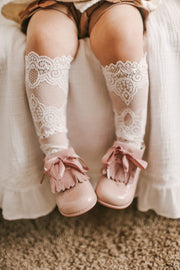 "Petit Maison ""Alice"" Lace Socks 