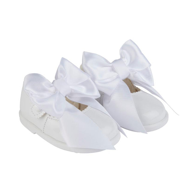 Baypods White Extra Large Bow Hard Sole Shoes | Millie and John