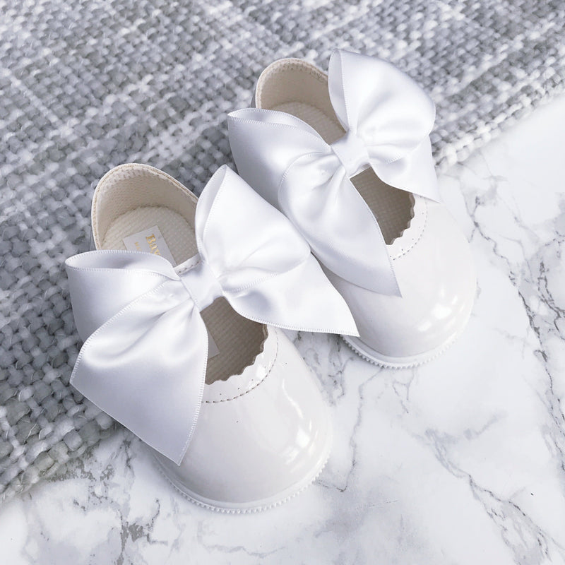 Baypods White Large Bow Hard Sole Shoes | Millie and John