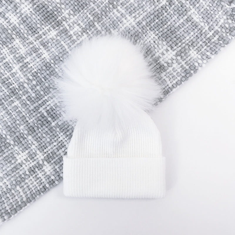 Millie and John White Ribbed Faux Fur Pom Pom Hat | Millie and John