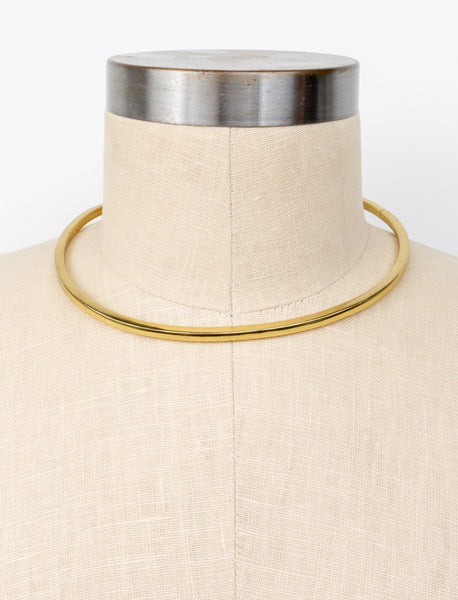 Coco Sheen Collar Necklace