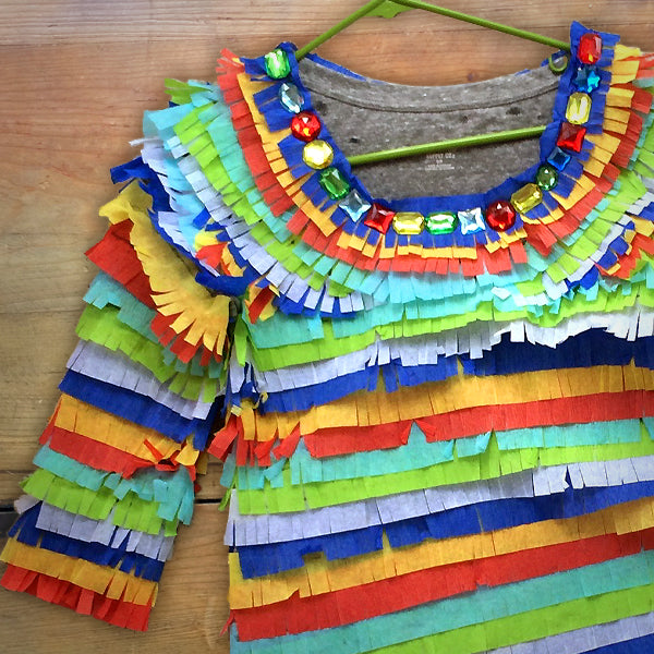 DIY: PIÑATA COSTUME