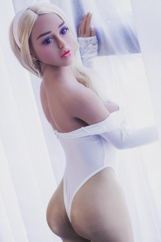 Eva - The Perfect Girlfriend - American Sex Doll - United States