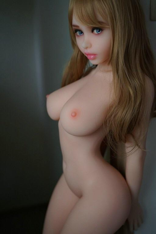 Young Innocent Ariel - The Perfect Girlfriend - American Sex Doll - United States