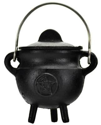 Pentagram Cast Iron Cauldron W- Lid 2 3-4