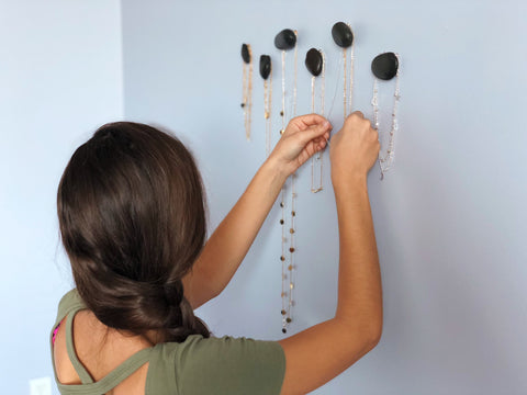 Radar Jewelry - DIY Affordable Pebble Hanger Jewelry Organizer