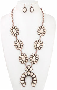 White Gemstone Orante Necklace Set