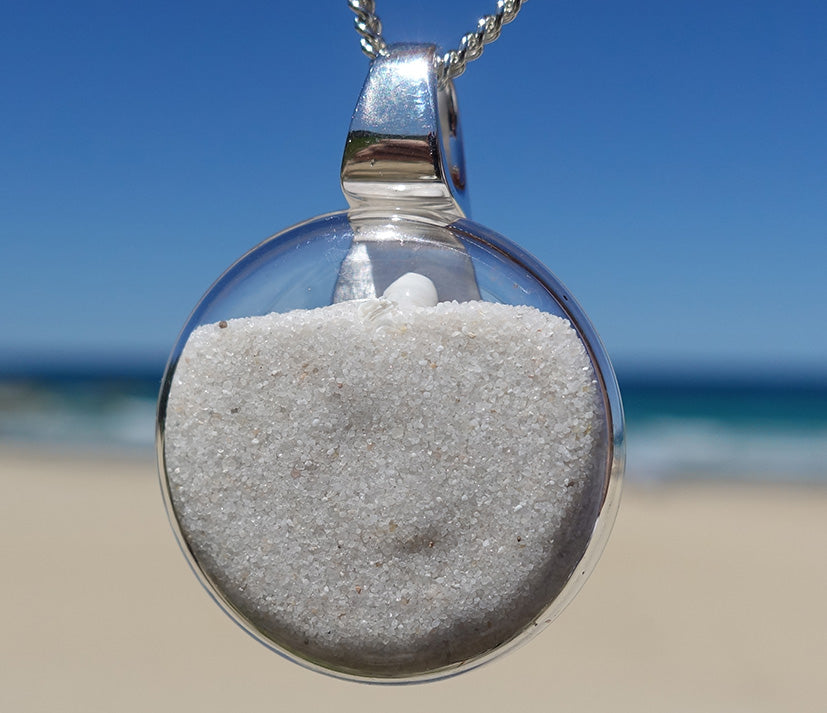Noosa Dune Pendant with Tiny Shells | 25mm diameter