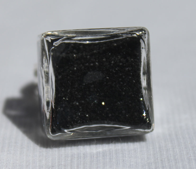 Large Cube Glass Ring filled with your choice of sand