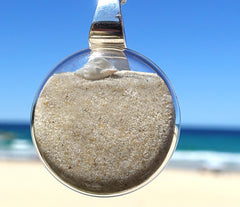 Noosa Pure Sand Pendant with Tiny Shells | 25mm diameter