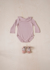 Long Sleeve Ruffle Bodysuit - Pink
