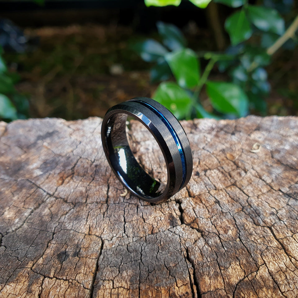 Beveled Edge Black Tungsten & Blue Inlay Ring (8mm).