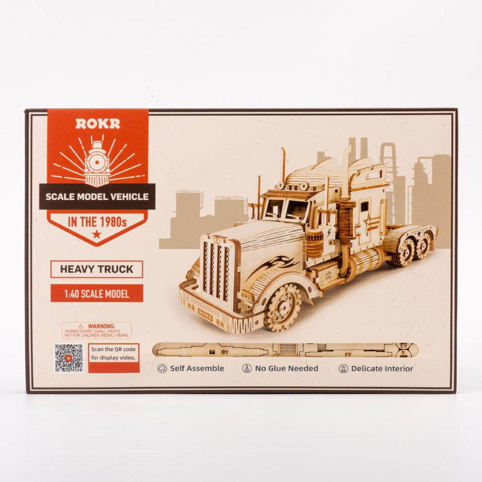 American Heavy Truck DIY Moveable Wooden Model (286 Pieces).