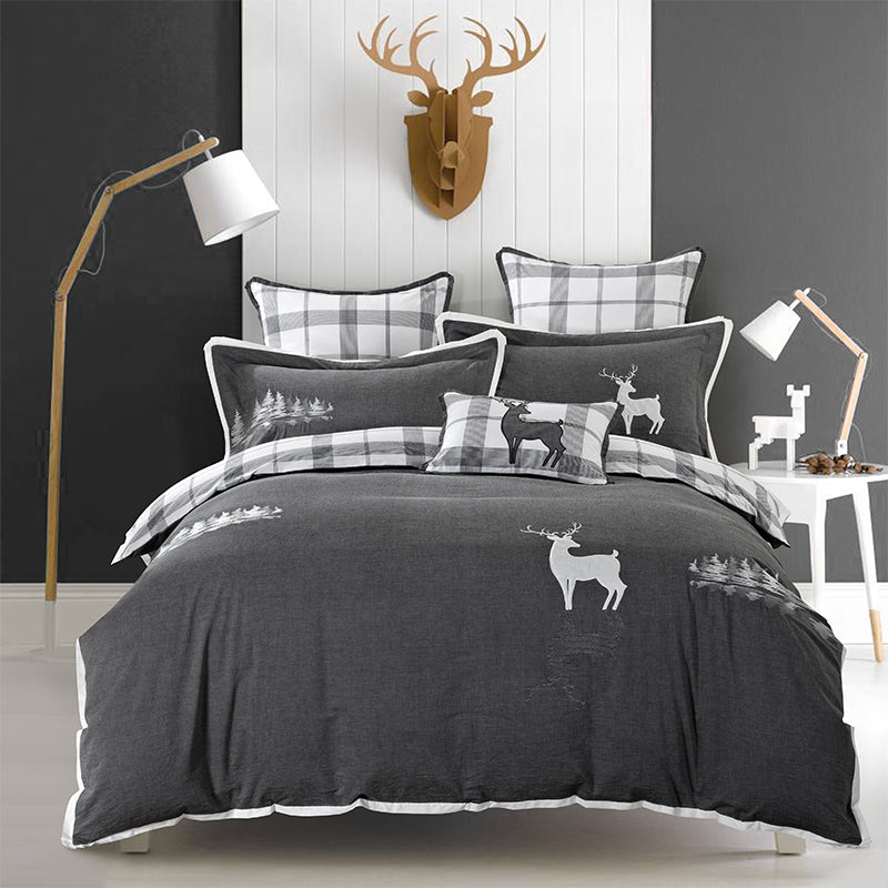 Limited Edition Embroidered Deer Bed Duvet Set - Free Express Shipping!