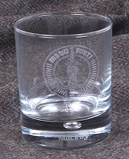 Clan Crest Whisky Glass with MacKay Crest