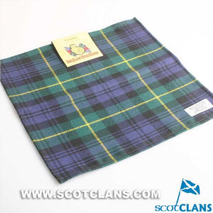 Wool Tartan Pocket Square in Gordon Modern Tartan