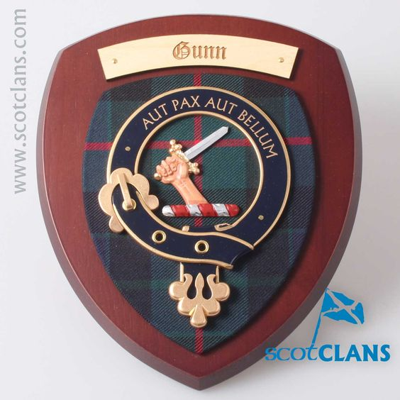 Gunn Clan Crest Plaque