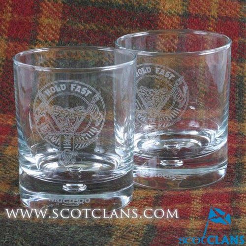 Clan Crest Whisky Glass with MacLeod Crest