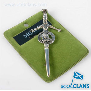 Clan Crest Pewter Kilt Pin with Munro Crest