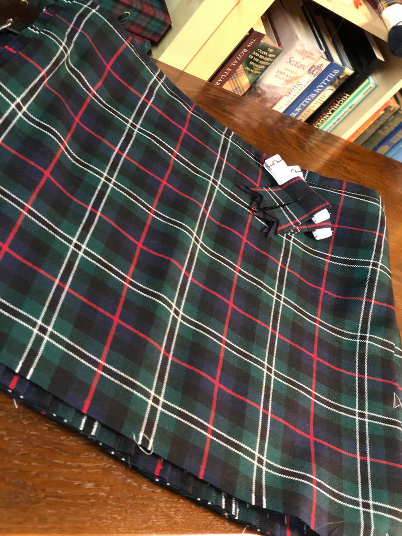 Rose Hunting Modern  Heavyweight Hand Stitched Kilt
