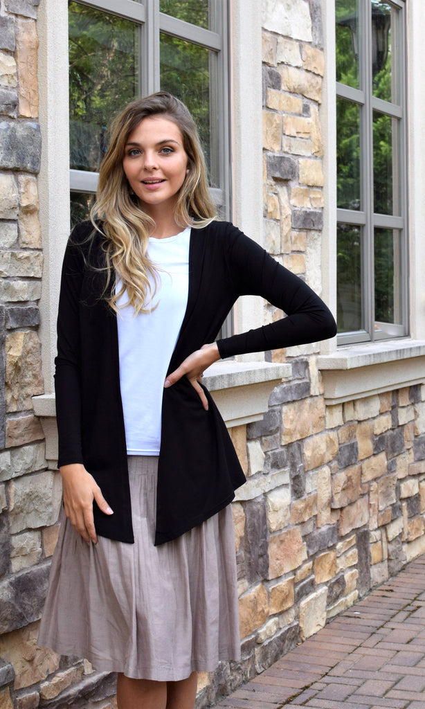 Cardigan Top Black/White
