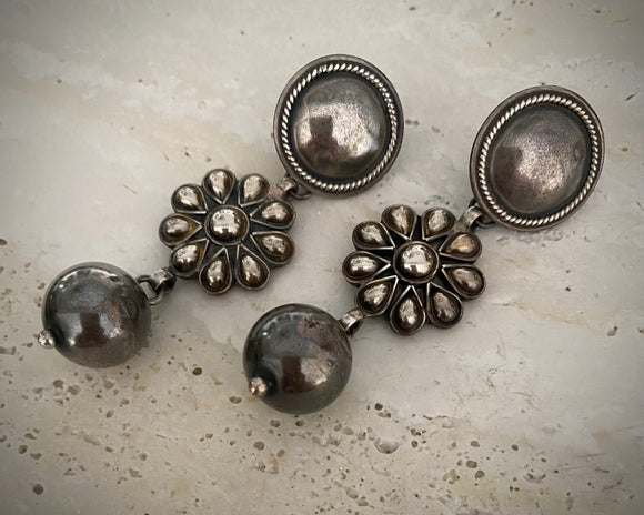 Tribal Flower Rounds