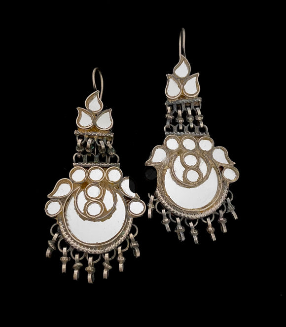 Sheesha Earring White Half moon