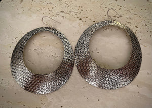 Tribal Round Hoops