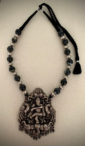 IDOL GANESHA LONG NECKLACE
