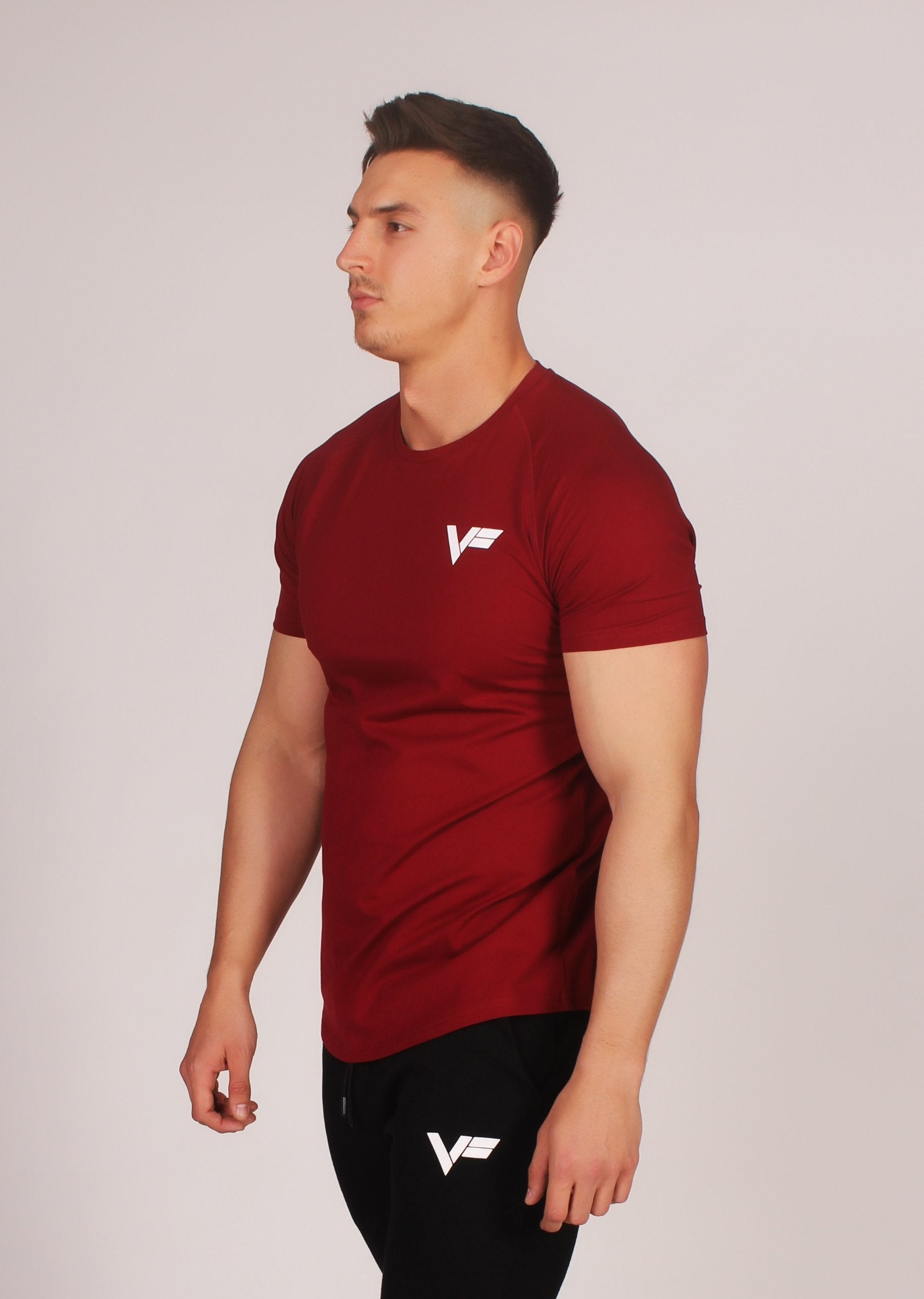 VF Signature T-Shirt - Maroon