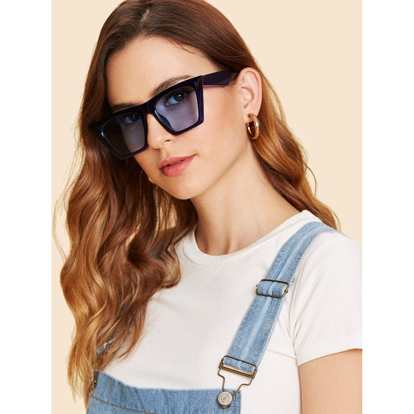 Plain Frame Cat Eye Sunglasses