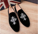 Promotion New spring Men Velvet Loafers Party wedding Shoes Europe Style Embroidered black Velvet Slippers Driving moccasins 118