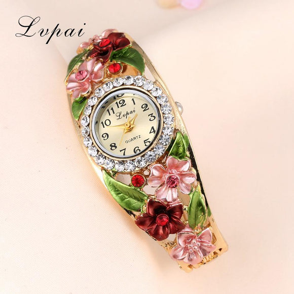 Lvpai Watches 2016 Hot Sale Fashion Casual Women Bracelet Watch Alloy Flowers Diamond Wrist Watches Dress Quartz Watch