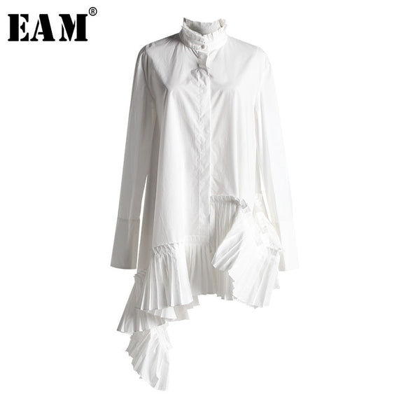 [EAM] 2019 New Spring Summer Stand Collar Long Sleeve White Loose Irregular Hem Pleated Loose Shirt Women Blouse Fashion JI824