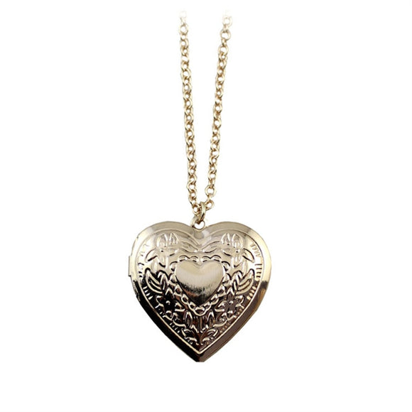 The new fashion Restoring ancient ways is hand-cut hearts long golden necklace Can open the pendant necklace