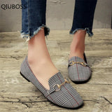 QIUBOSS 2018 Spring and Summer New Retro Women Flat Shoes Tartan Design Round Top Metal Button Flat Loafer Zapatillas Mujer Q156