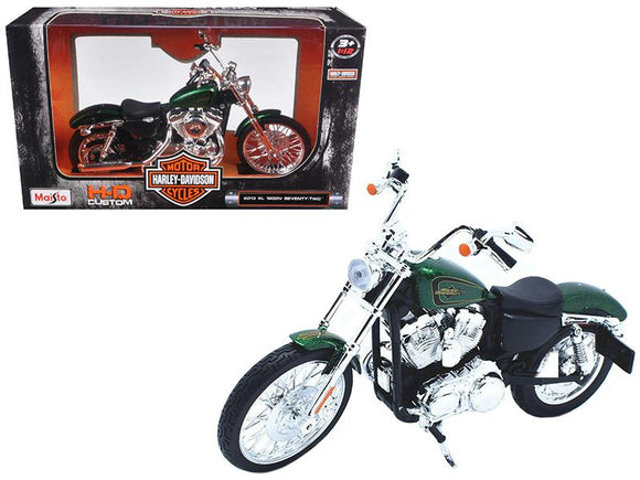 2013 Harley Davidson XL 1200V Seventy Two Green Motorcycle Model 1-12 by Maisto