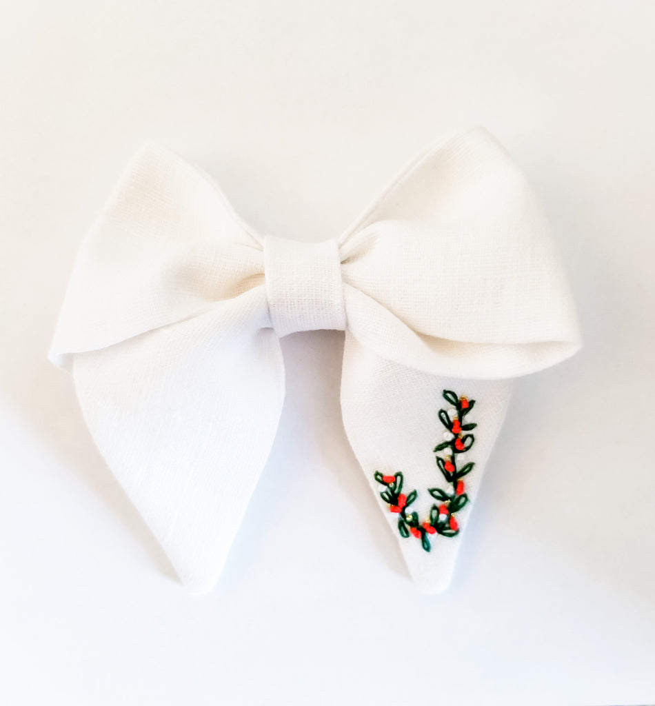 Holiday Linen Bow