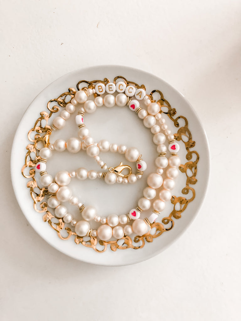 The Pearl MASKLACE &  Sunglasses Holder