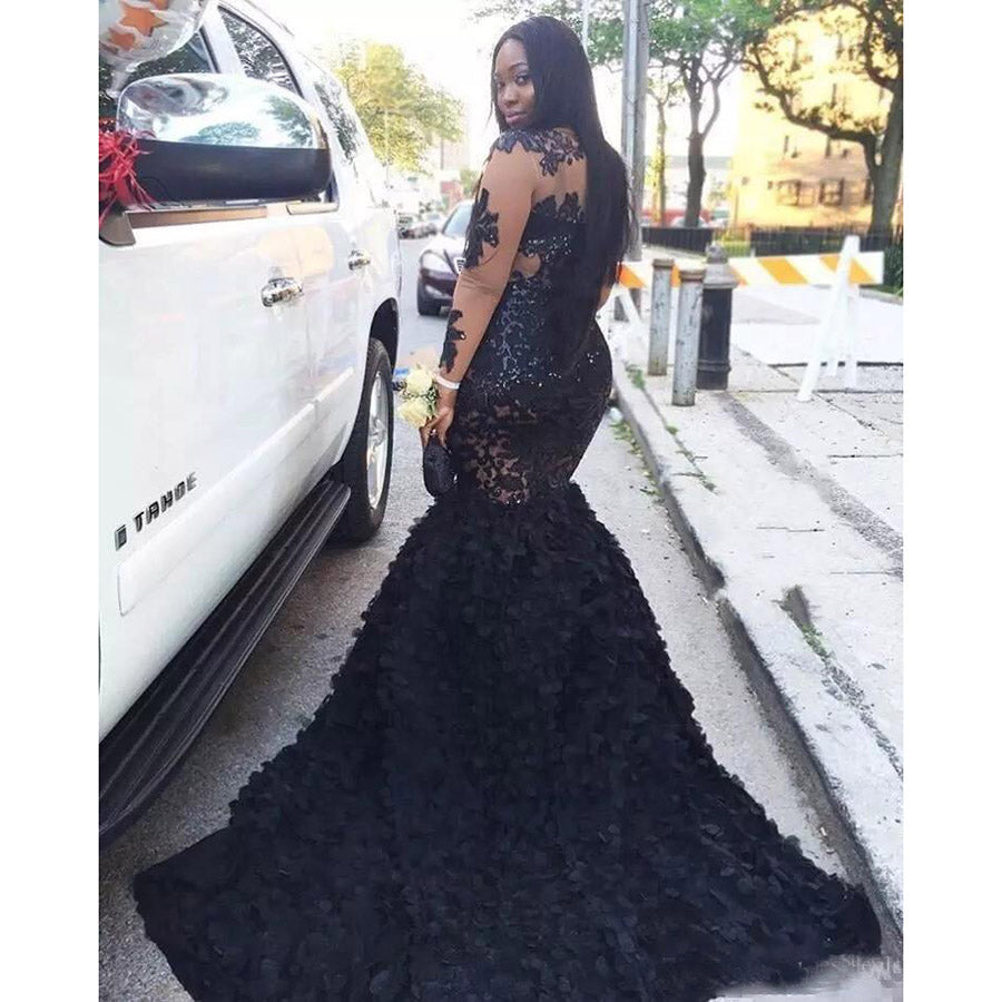 Plus Size Prom Dresses Sheer Neckline Mermaid Evening Gowns Long Sleeves Tiered Black Girls Formal