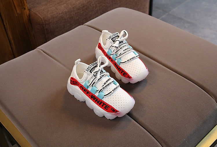 c2741d8b14a6 2018 LED lights up autumn kids sneakers 1 to 5 years old baby boys girls  casual