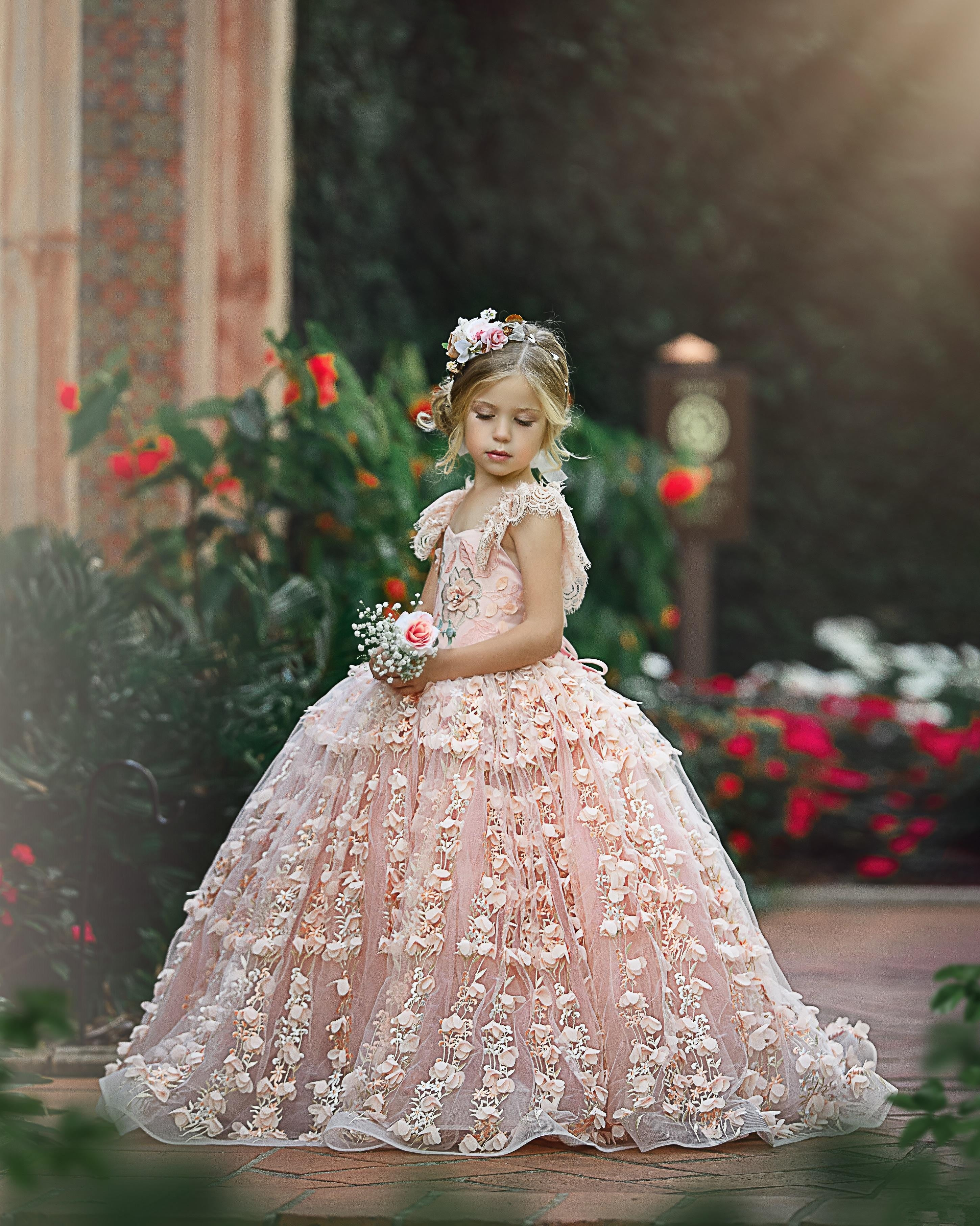 Pink Flower Girl Dresses Wedding Luxury Feather Cap Sleeve Lace Toddler Gowns