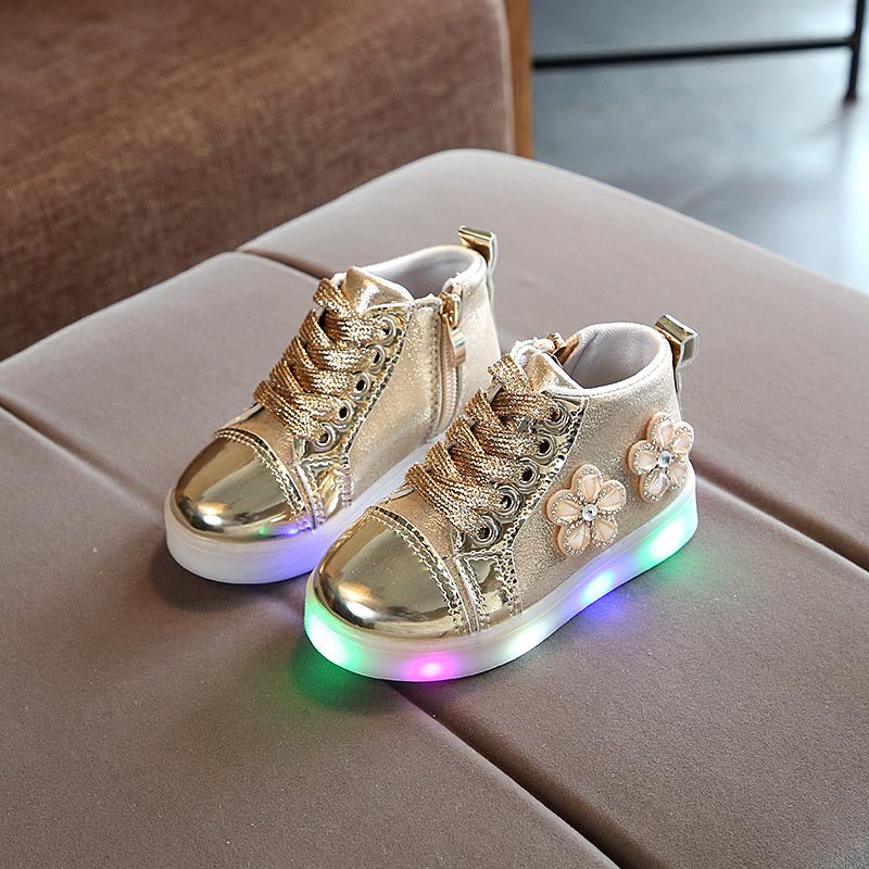 Zoe Saldana 2018  Children Shoes With Light  Baby Girls Luminous Glowing Sneakers Flowers Kid  Soft Sports Led Shoes