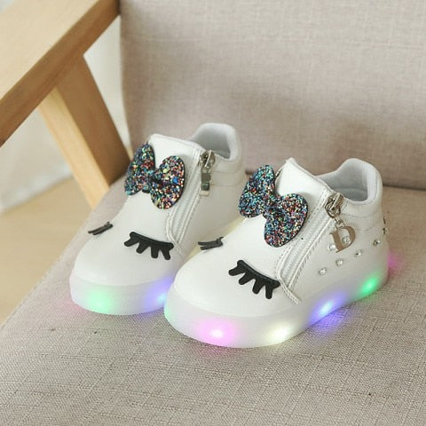 2018 1 to 5 years old cartoon baby girls casual shoes bowknot princess shoes fashion short boots led lights infant sports shoes