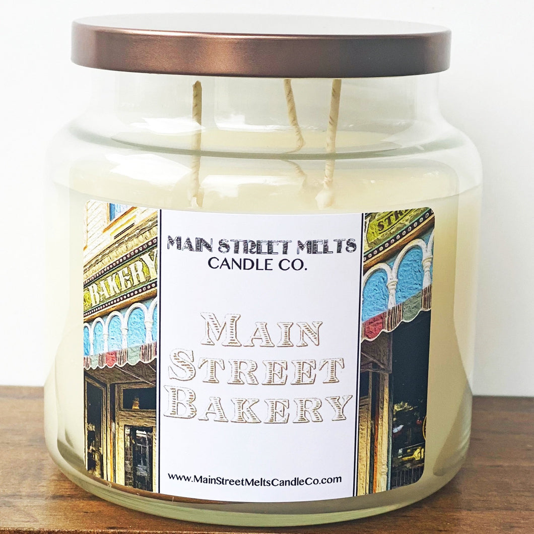 MAIN STREET BAKERY Disney Candle 18oz
