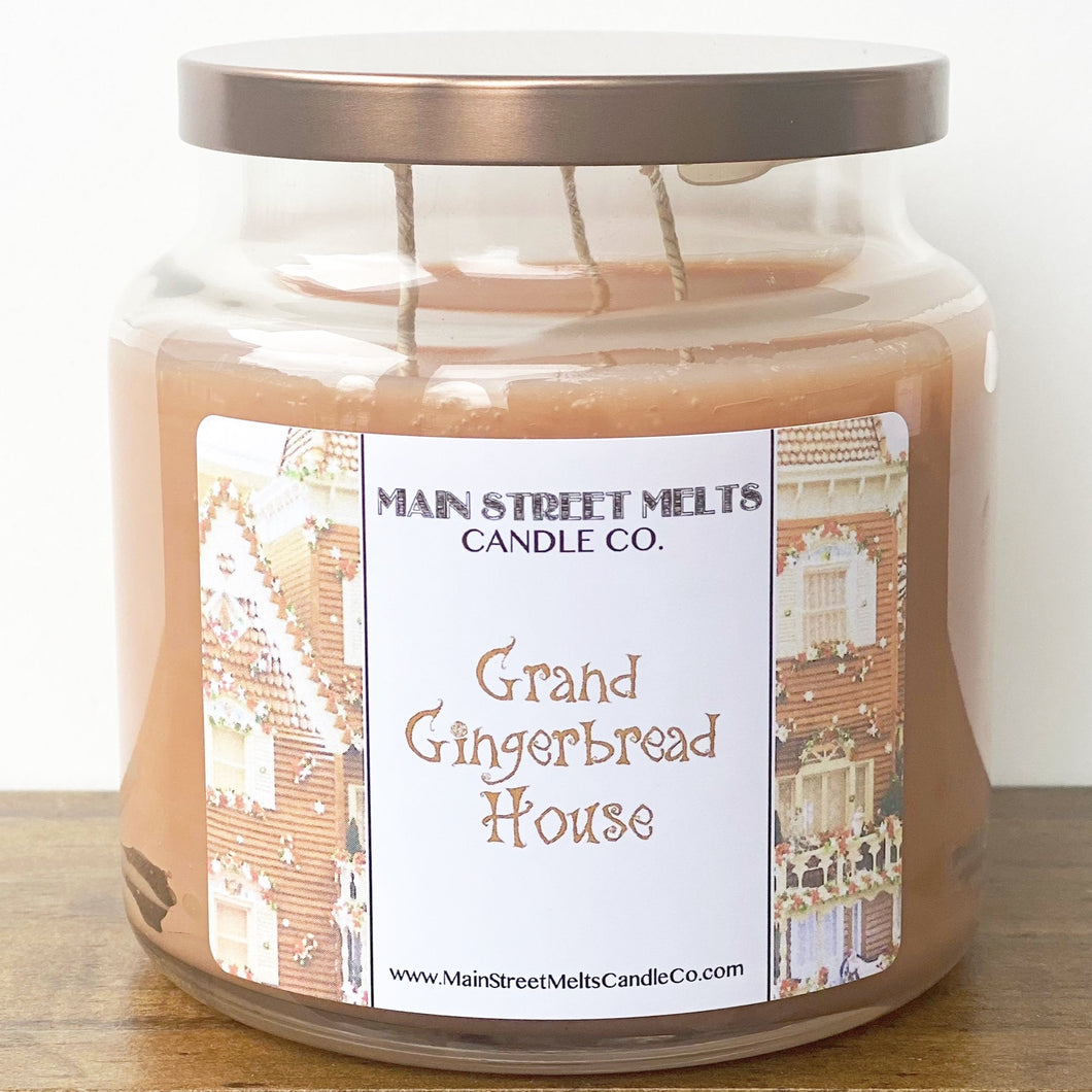 GRAND GINGERBREAD HOUSE Disney Candle 18oz