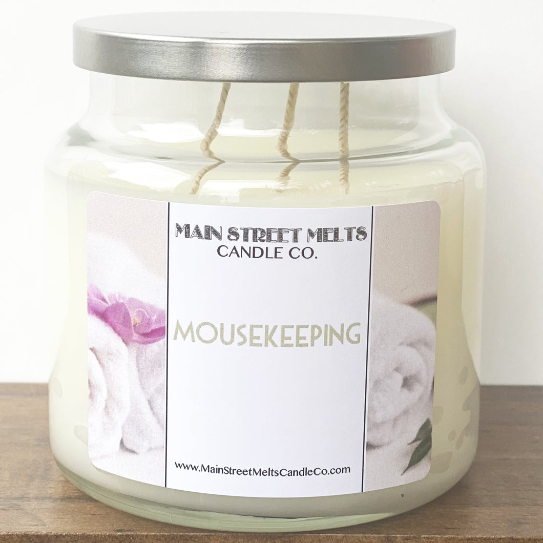 MOUSEKEEPING Disney Candle 18oz