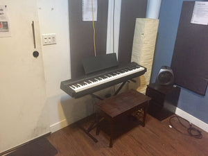 piano music studio for rent