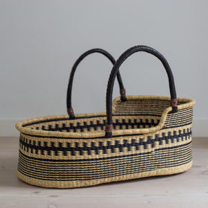 PANDA Moses basket [shipping by early December]