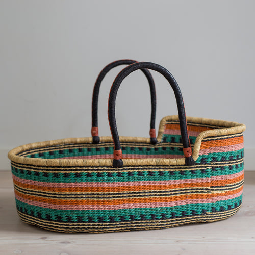 TOUCAN moses basket [shipping w/c 13th August]
